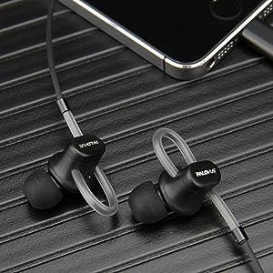 Lightning, Earphones, Headphones, Earbuds, MFi Certified, Workout, Sport, Noise Cancelling, iPhone.