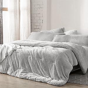 Neutral Light Gray Velvet Plush Soft Oversized Extra Large Bedding Baffle Box Comforter