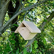 The Wakefield Wren house is easy to hang from a tree or branch. It slips right on using the chain