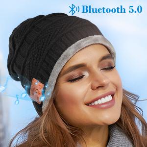 Bluetooth beanie for women