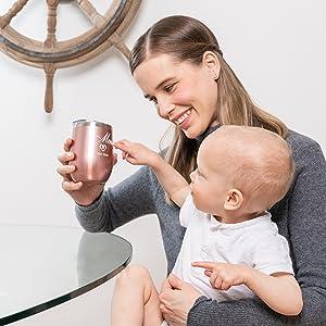 darles un vaso de acero inoxidable aislado elegante y personalizado que pueden usar todos los días
