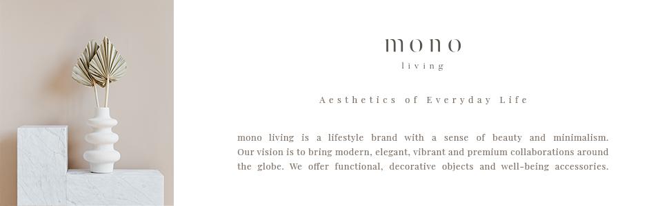 monoliving minimal lifestyle