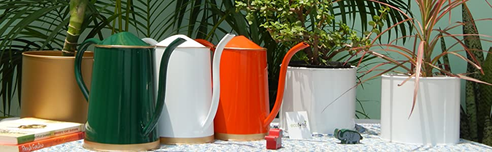 watering can with long pipe