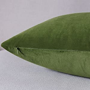 green lumbar pillows