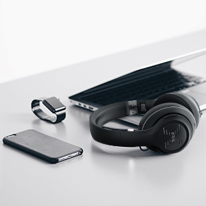 Bluetooth 4.1 Technology and CSR chips connect to any Bluetooth devices from up to 33 ft away
