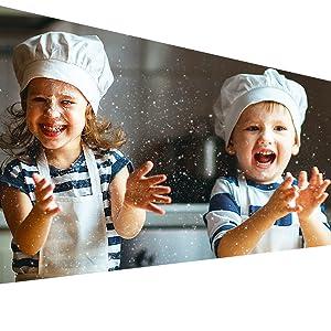 Soprattutto......cucinare dovrebbe essere divertente per tutte le età!