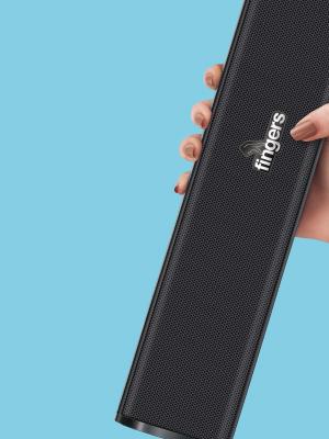 Hand Holding FINGERS F2.0 USB Speaker