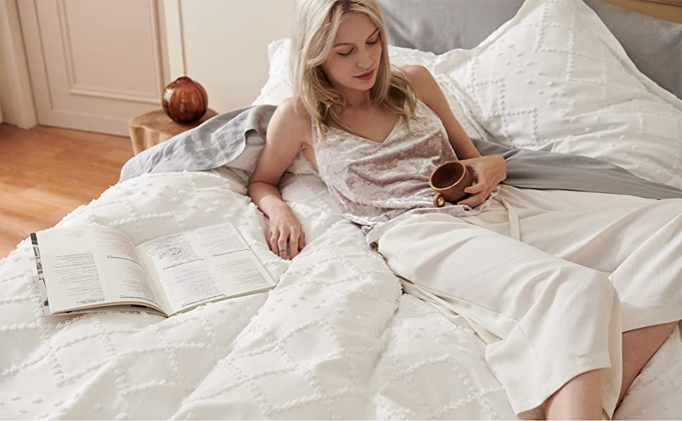 white and soft duvet cover