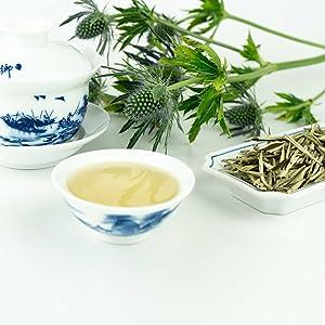 Wie man weißen Tee zubereitet, um Gewicht zu verlieren