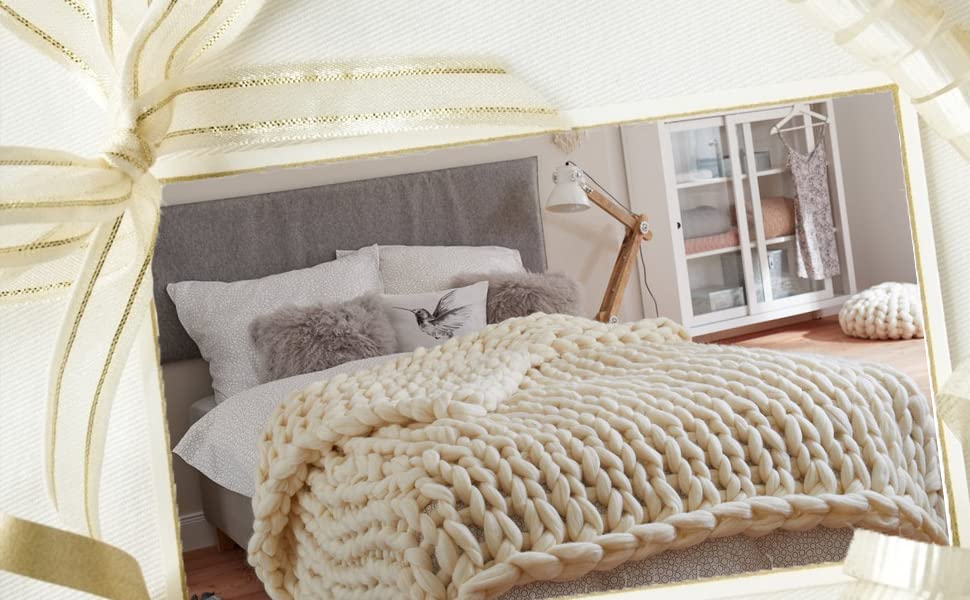Warm and Soft Thick Knitted Blanket