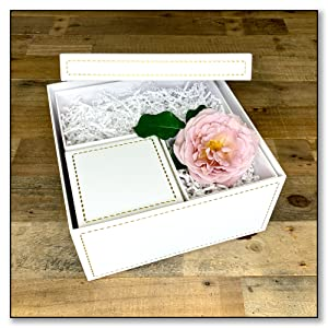 White with Gold Stitching 2 Small Squares /& 1 Small Rectangle Nested in 1 Large Square Oxfrd /& Comma Anthologie Gift Box Set