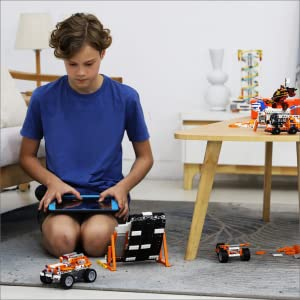kids children ages 8 to 12 build robot App team work play