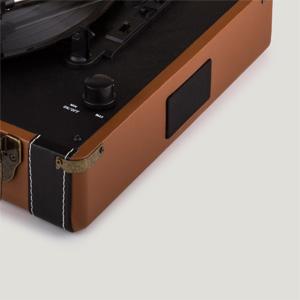 AUX-Eingang AUNA Jerry Lee BT Plattenspieler Bluetooth-Funktion 45er und 78 U//min Koffer Champagner 33er Vinyl Stereo-Cinch-Ausgang hochwertig Look der 50er Jahre