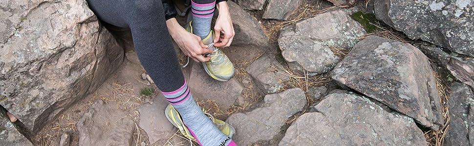 the best hiking socks, warm hiking socks, thin cushioned socks, nike mens socks, nike womens socks