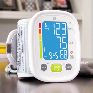 Greater Goods Smart Bluetooth Wrist Blood Pressure Monitor, Wrist Cuff with Large Display and Bag