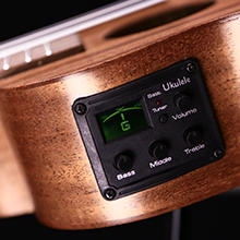 3 bands EQ built in tuner with LCD color display