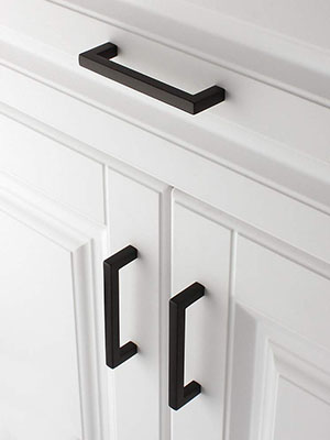 black cabinet pull