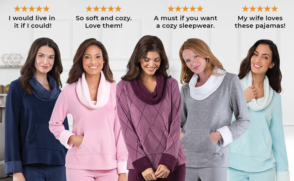 Lineup of women in soft pahamas on natural background