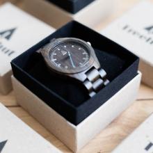 Treehut wood watch gift