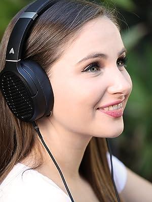 audeze lcd 1, audeze lcd, audeze, lcd headphones, audiophile headphone, open back, wired headphone