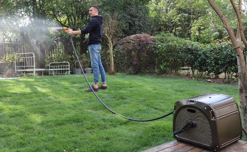 Giraffe Tools garden hose reel