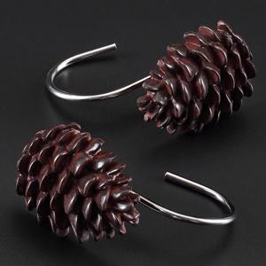 pinecone4