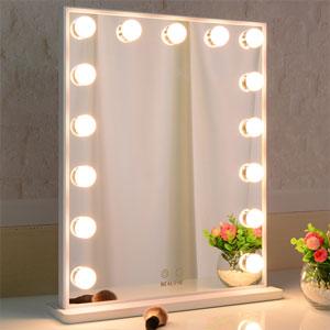 yellwo light mirror