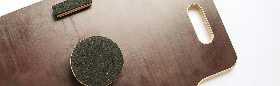 Image showing soft base cushions of labyrinth balance board