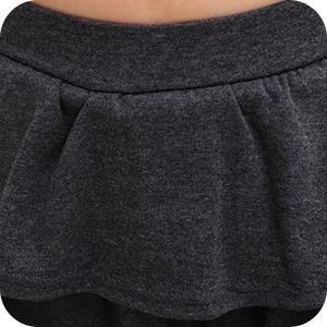 La pretina ancha bien elástica dobla suavemente el vientre y proporciona un ajuste seguro.