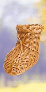 Weaved Shoe Vase