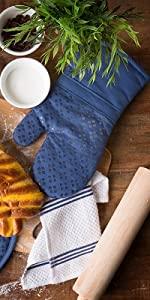 blue oven mitt