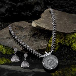 craftmanship worked Chakra nayantra Silver oxidized necklace set jewellery set