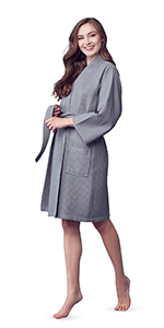 bridesmaid robes for bridal party with emroidery