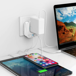 2 USB Ports (3.1A Max.), Faster Charging