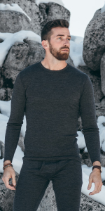 MERIWOOL 250g Mens Top Crew Shirt is perfect as a baselayer, keeping you dry and warm