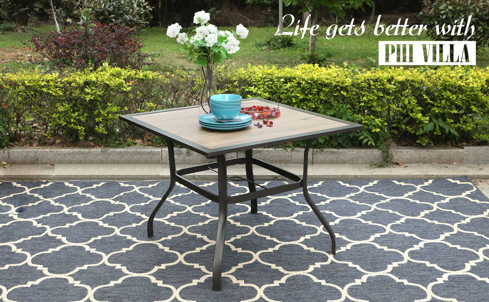 outdoor-patio-dining-table