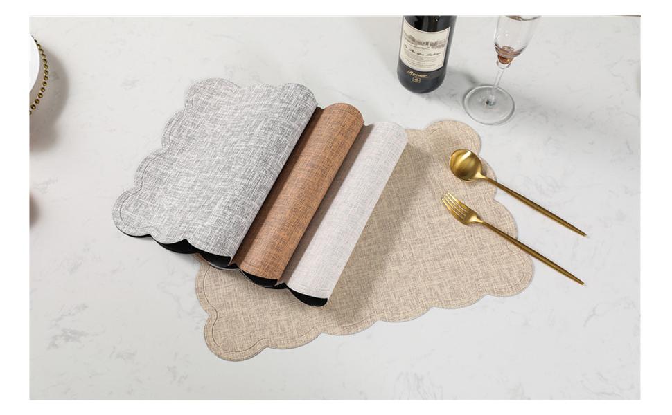 4 pi/èces noir//marron UArtlines Sets de table en simili cuir r/ésistant /à la chaleur et aux taches Facile /à nettoyer 43,2 x 30,5 cm