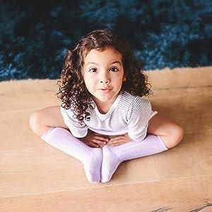 Baby in Zopfmustermuster violette Socke mit rutschfester, rutschfester Sohle mit maximaler Traktion