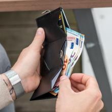 wallet cash bills