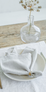 MagicLinen 100% Linen Napkins - Reusable Kitchen Cloth Napkins for Everyday Use - Eco friendy Dinner