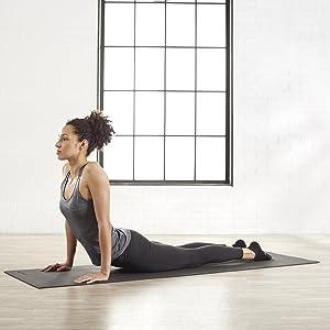 Amazon.com : AmazonBasics Yoga & Exercise Mat with Carrying ...