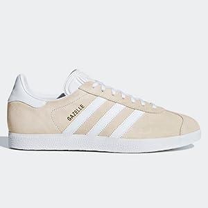 new concept 4188d b964c La rivisitazione è un fedele remake delle scarpe Gazelle del 1991,  caratterizzato da texture, ...