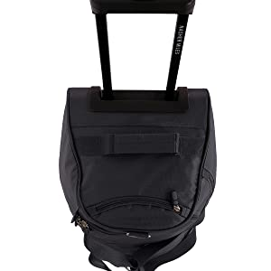 768df9d3ac18 Multiple Ways of Carrying the Bag  Side pick-up handle. The large (65cms)  and medium (55cms) sized duffle bags ...