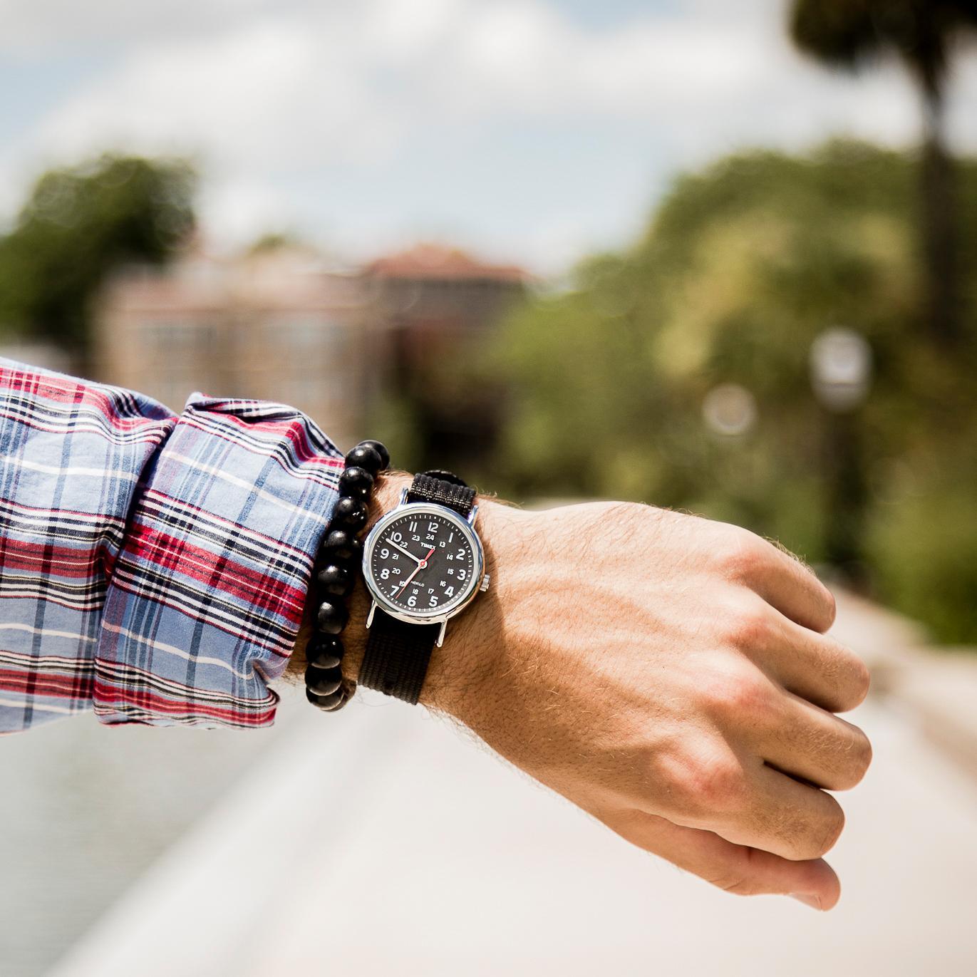 Amazon Com Timex Weekender Men S Black Amp White Striped
