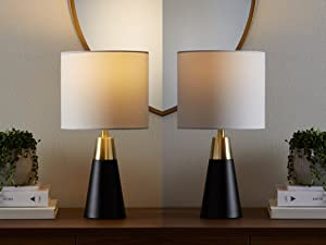 Amazon Basics dimmable LED light bulbs