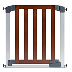 Munchkin 31283 Wood Steel Designer Gate Dark Wood Silver Amazon Ca Baby