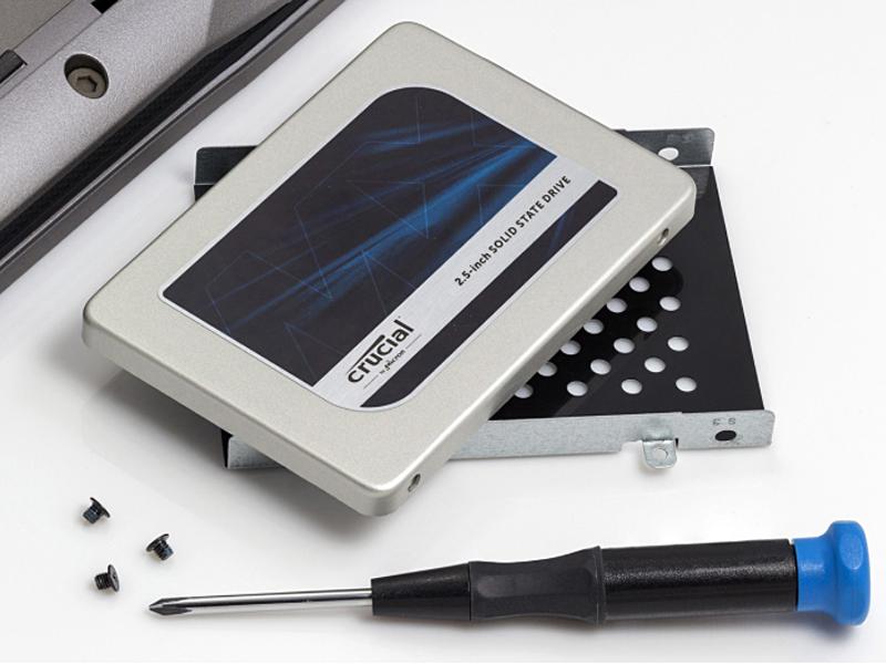 Crucial SSD 7mm 2.5インチ MX500シリーズ SATA3.0 9.5mmアダプター付 MX500SSD1/JP
