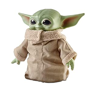 Amazon Com Mattel Star Wars The Child Plush Toy 11 Inch Small Yoda Like Soft Figure From The Mandalorian Green Toys Games