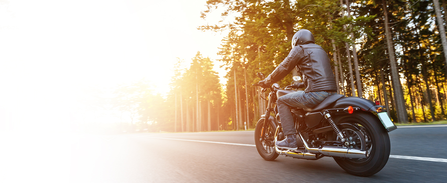 The Ride Mode feature keeps distractions away for a safe journey. Ride safe with Ride Mode.