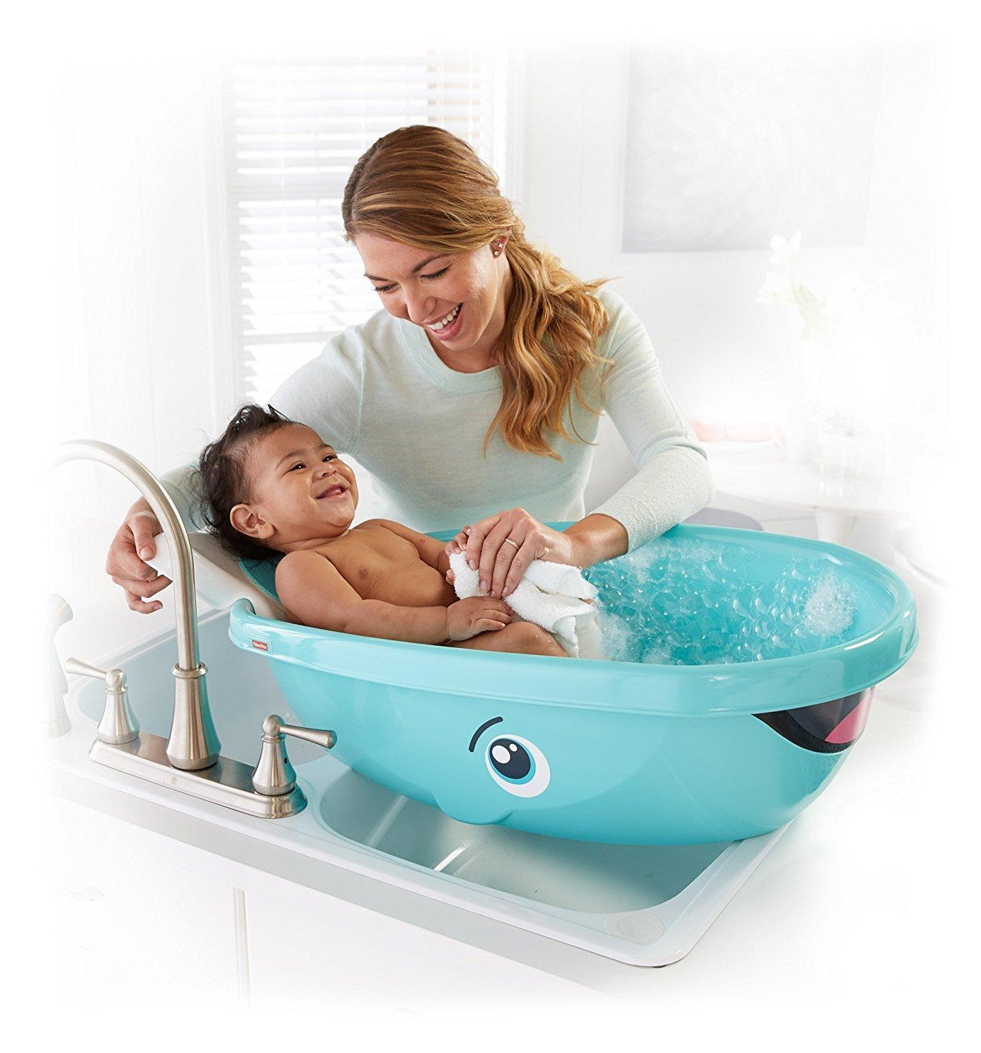 Amazon.com : Fisher-Price Whale Of A Tub Bathtub : Baby